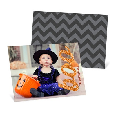 Make sending Halloween photo cards your tradition! #halloweenideas #halloween #peartreegreetings