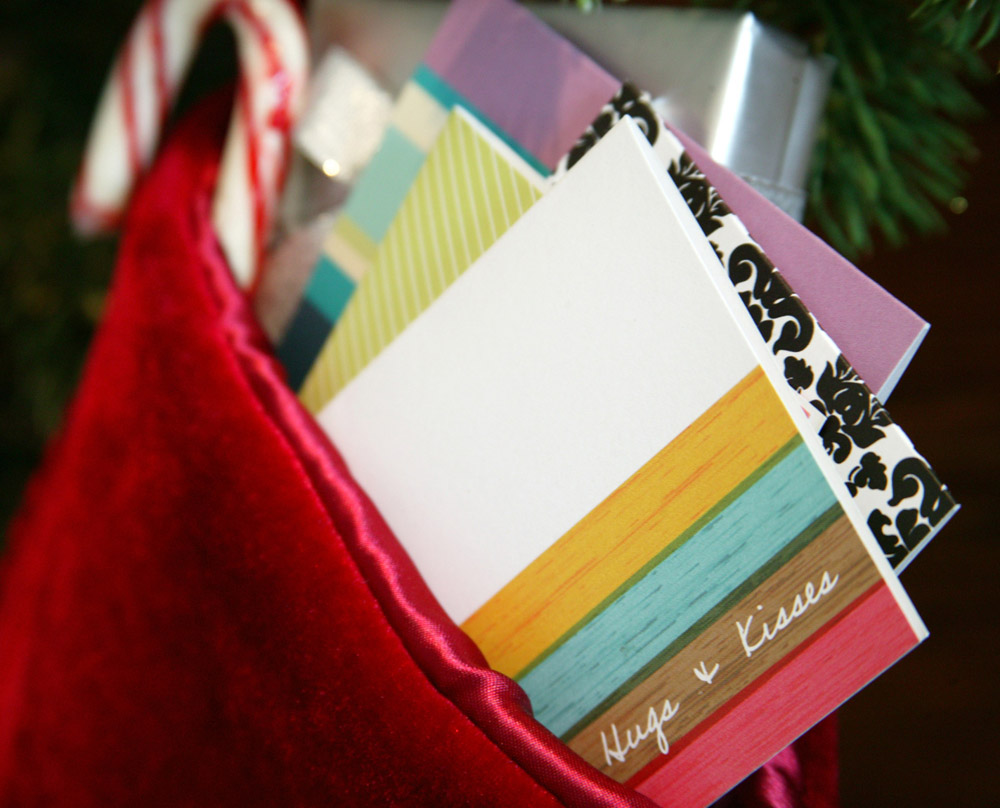 Personalized stationery as a stocking stuffer idea #stockingstuffers #gifts #peartreegreetings