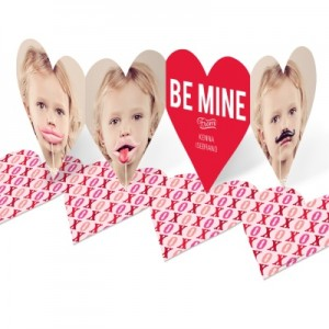 Valentine Photo Cards -- Heart Paper Chain