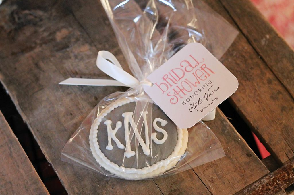 Bridal Shower Decorations -- Showers Ahead Favor Tags