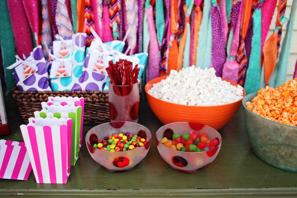 Outdoor Movie Party Ideas - Movie Night Birthday Party
