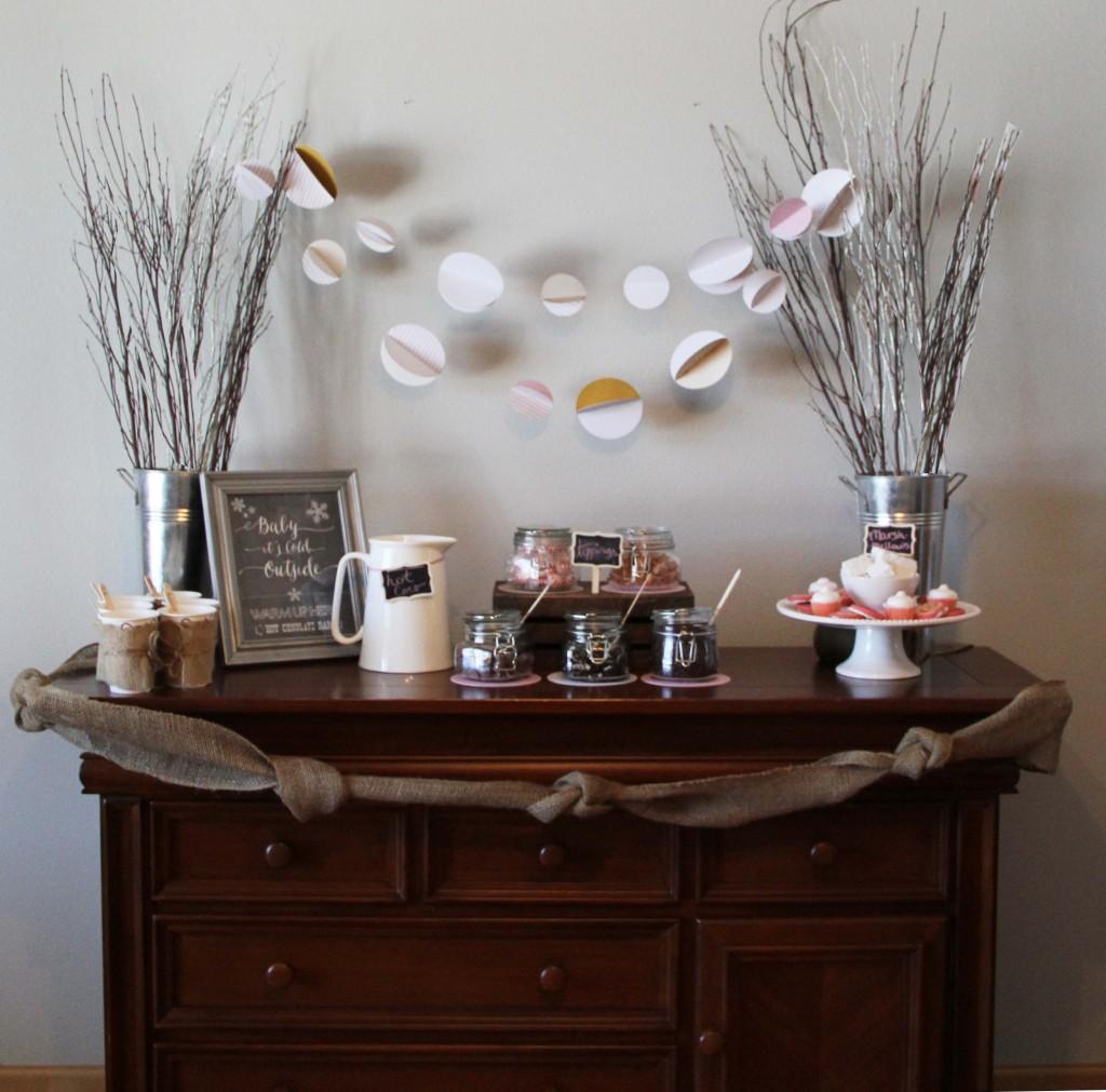 Winter Warm Up Birthday Party - hot chocolate bar #peartreegreetings #birthdaypartyideas #kidsbirthday