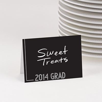 New Graduation Party Decoration Ideas! #graduationpartyideas #peartreegreetings #graduation #tablecards