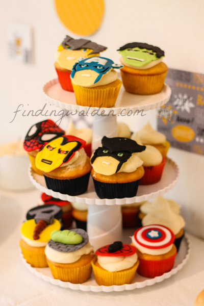 Superhero Birthday Party Ideas #findingwalden #peartreegreetings #superhero #kidsbirthdaypartyideas