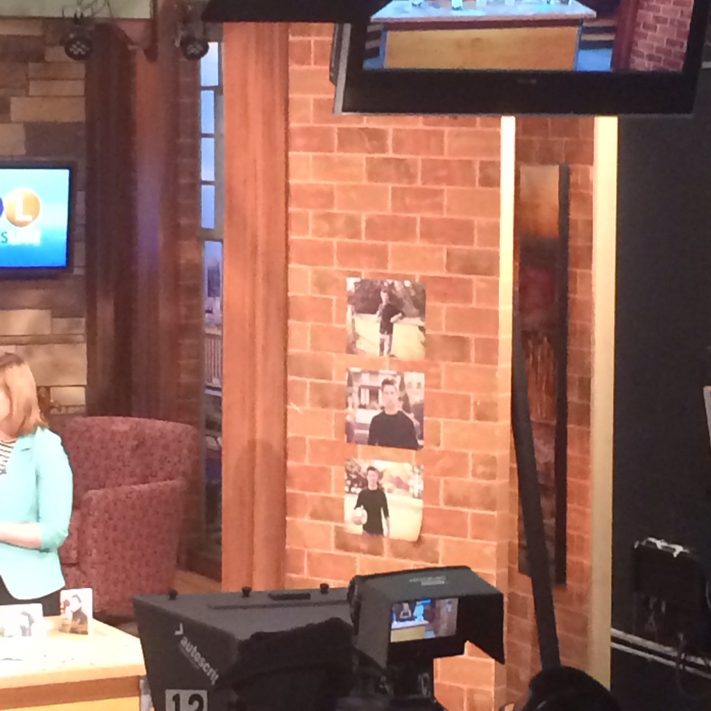Pear Tree Greetings featured on Twin Cities Live to talk about graduation party ideas! #peartreegreetings #graduation #graduationpartyideas