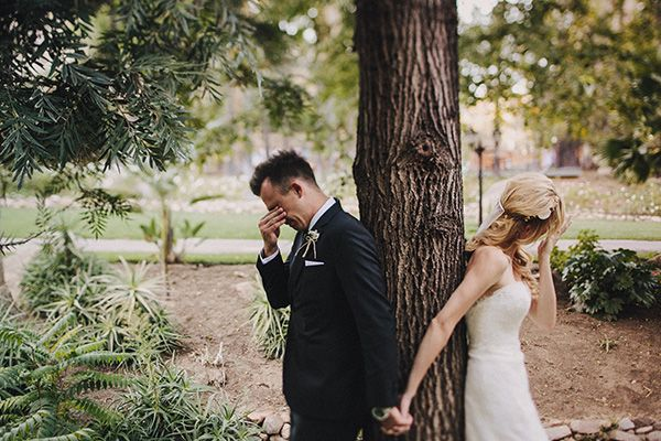 7 wedding photo ideas from bride and groom to photos of the rings #peartreegreetings #weddingphotos