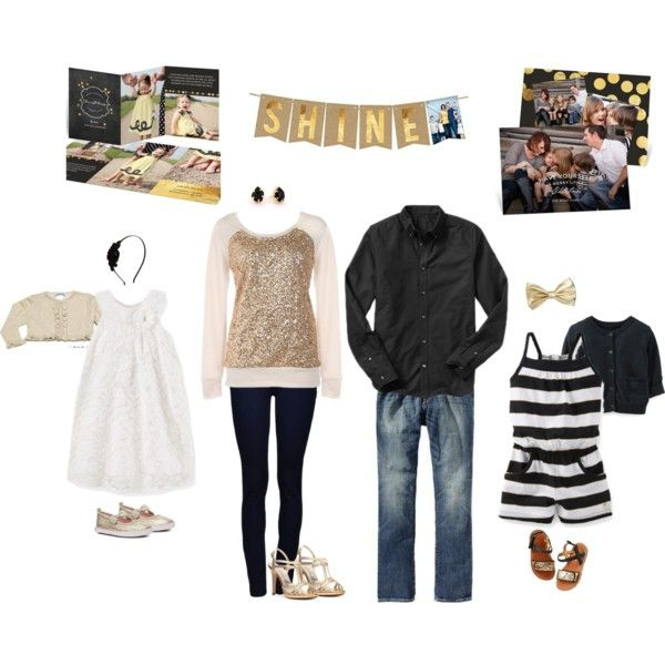 Clothing and style ideas for this year's family photos! #peartreegreetings #clothingideas #gold #Christmascards