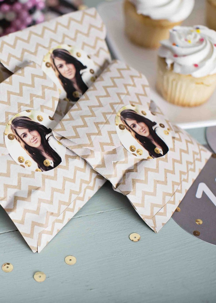 Graduation decorating ideas: personalized stickers
