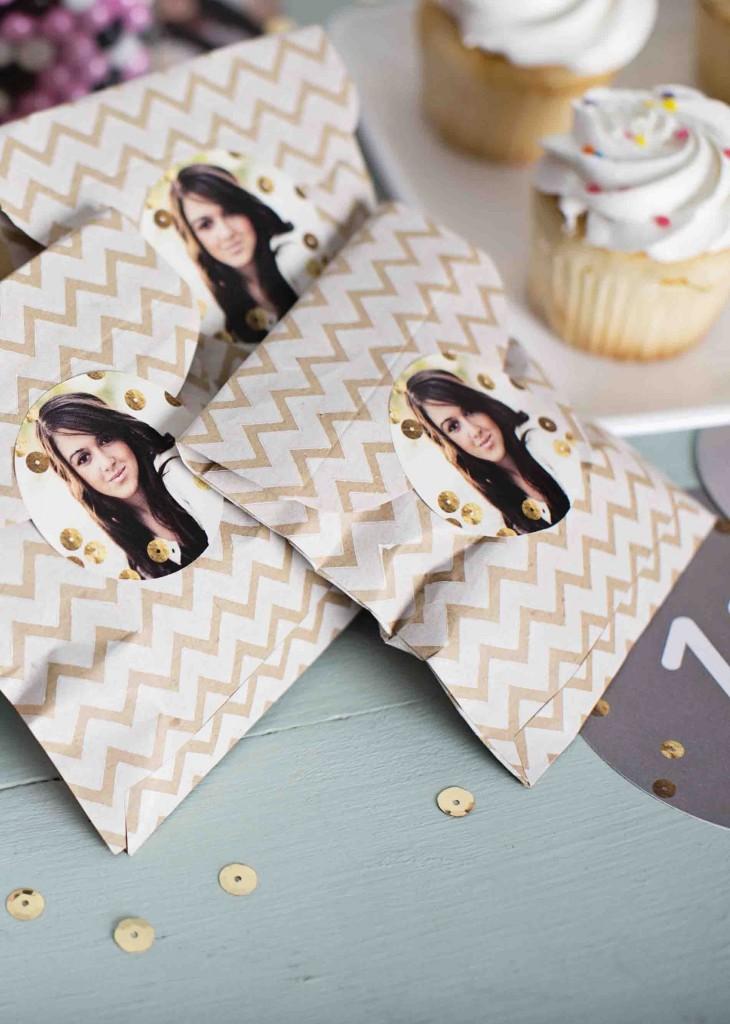 Graduation decorating ideas: personalized stickers