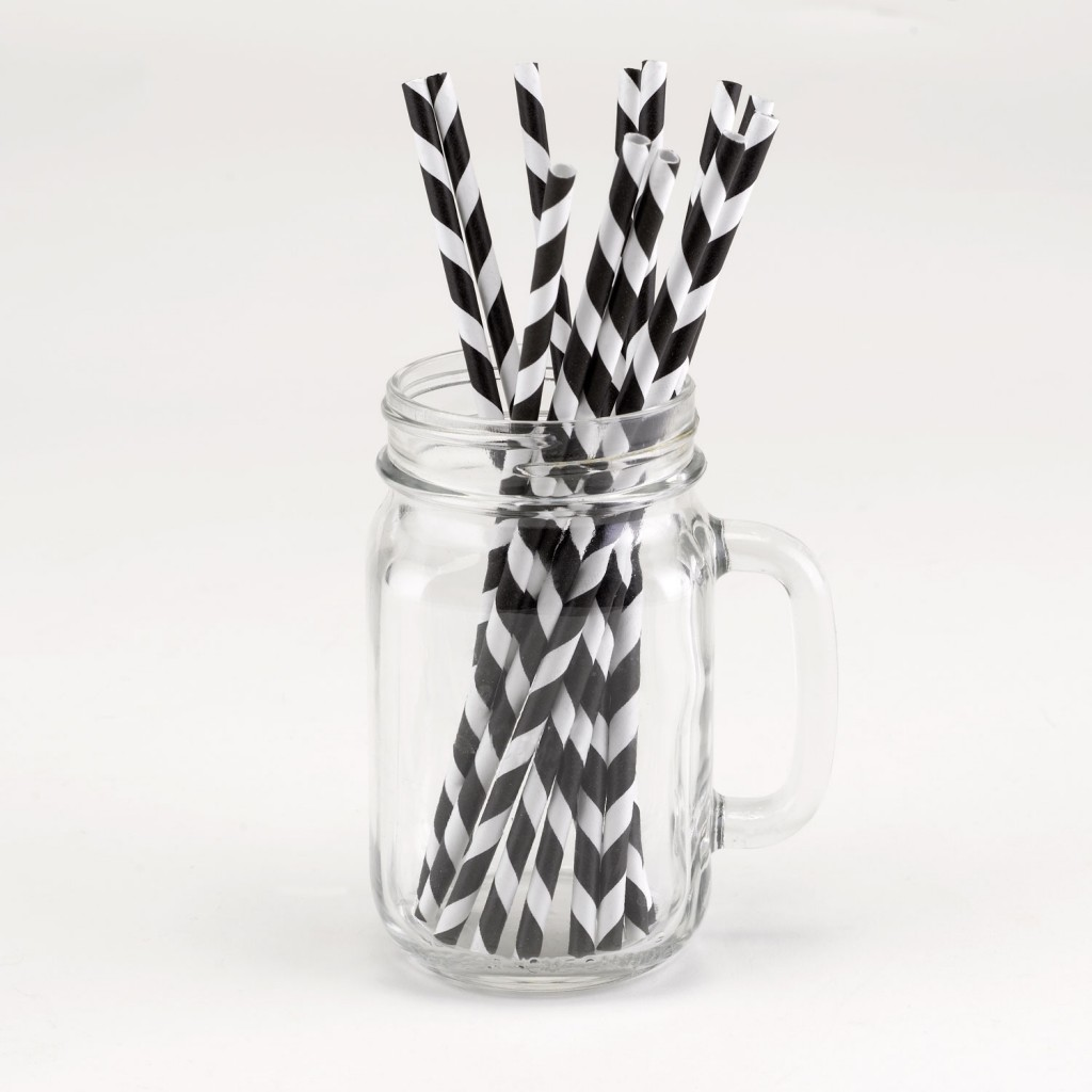 Graduation Decorating Ideas: Striped Paper Straws Graduation Party Decorations