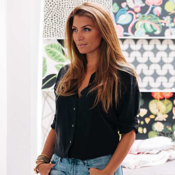 You've watched her on HGTV and loved her style—now Genevieve Gorder is designing a new line of Christmas cards exclusively for Pear Tree!