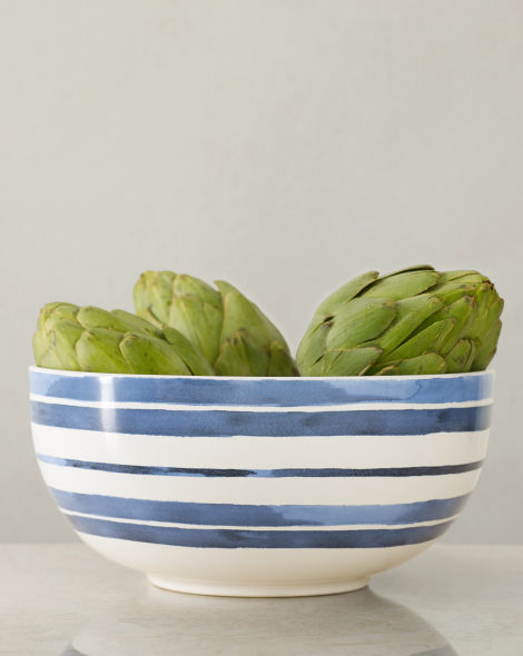 This Ralph Lauren Bowl has a beautiful striped hand-painted look. The perfect accent for your dinner table.