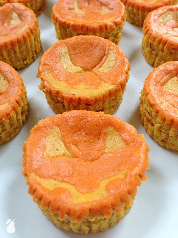 Mini pumpkin cheesecakes deliver cheesy grins!
