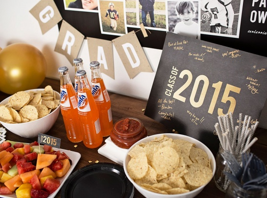 Black, gold and kraft graduation party ideas